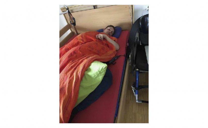 Kann den kompletten Ablauf vom selbständigen ins Bett transferieren…-bis zudecken