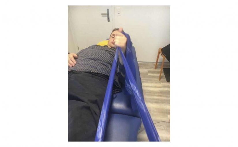Zimmerreinigung, Rollstuhl-Runde und Physiotherapie