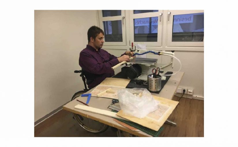 Am Morgen eine Rollstuhl-Runde und am Nachmittag ins Atelier