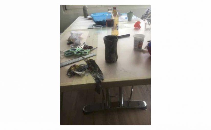 Habe ein Schreibtisch-Köcher begonnen