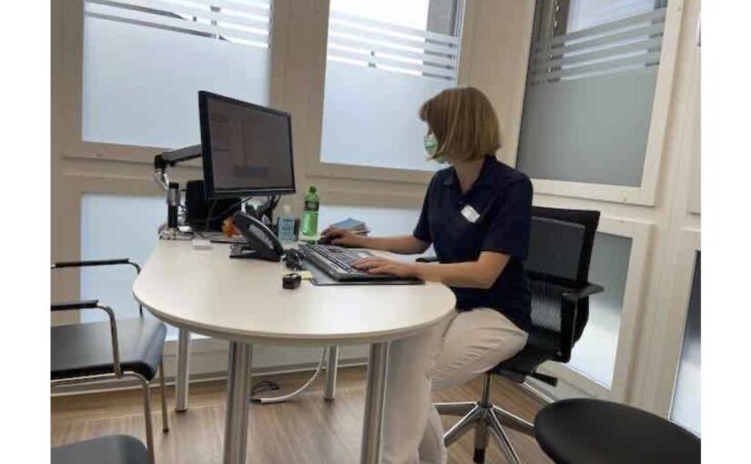Physiotherapie und Arztbesuch